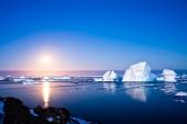 Закат в айсбергах