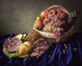 Мясо и виноград