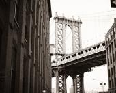 Город. Нью-Йорк мост за углом