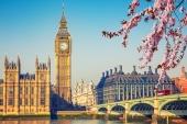 Город. Весенний Лондон