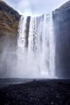 Природа. Брызги водопада