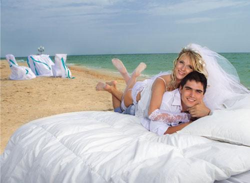 фотографии молодожёнов в медовый месяц в стиле ню