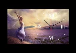 настенные часы Девушка на лавандовом поле