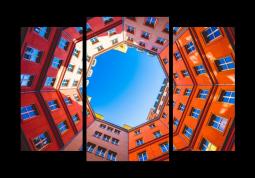 модульная картина Город. Колодец